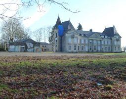 Le Château de la Droitière vu du Parc